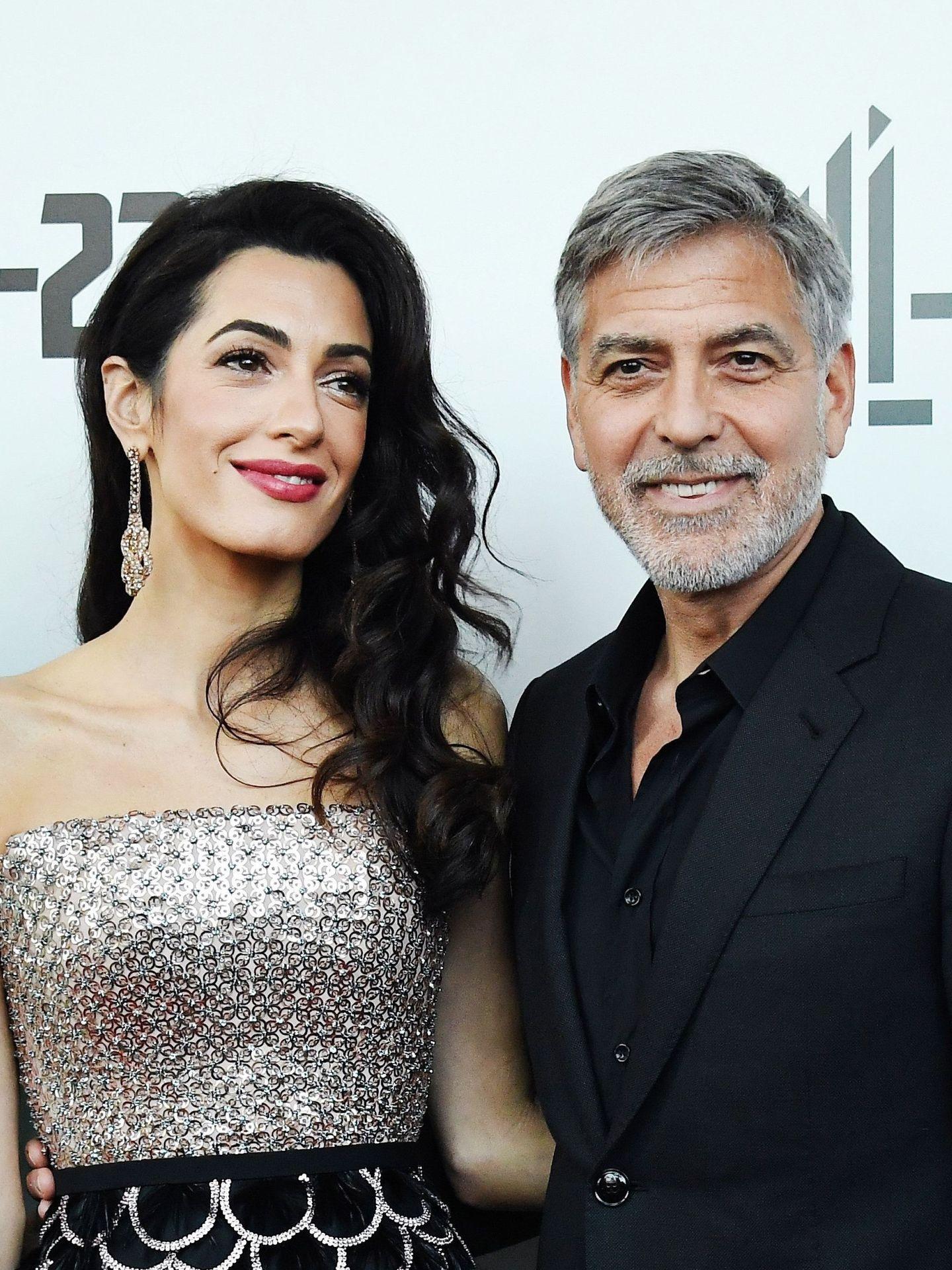 El actor George Clooney y su mujer, Amal Clooney, en una imagen de archivo. (EFE)