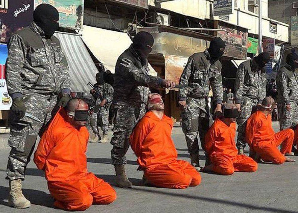 Foto: Momento en el que los futbolistas fueron decapitados