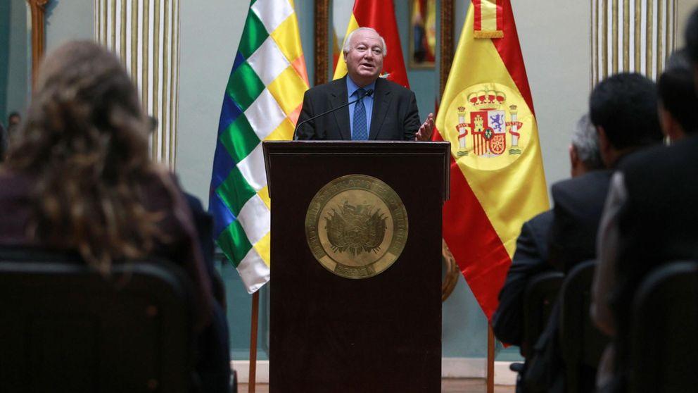 Moratinos usó la embajada en Qatar para sus negocios con una constructora