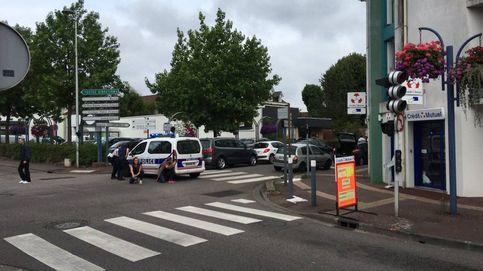 Un cura degollado en el asalto en una iglesia en Francia