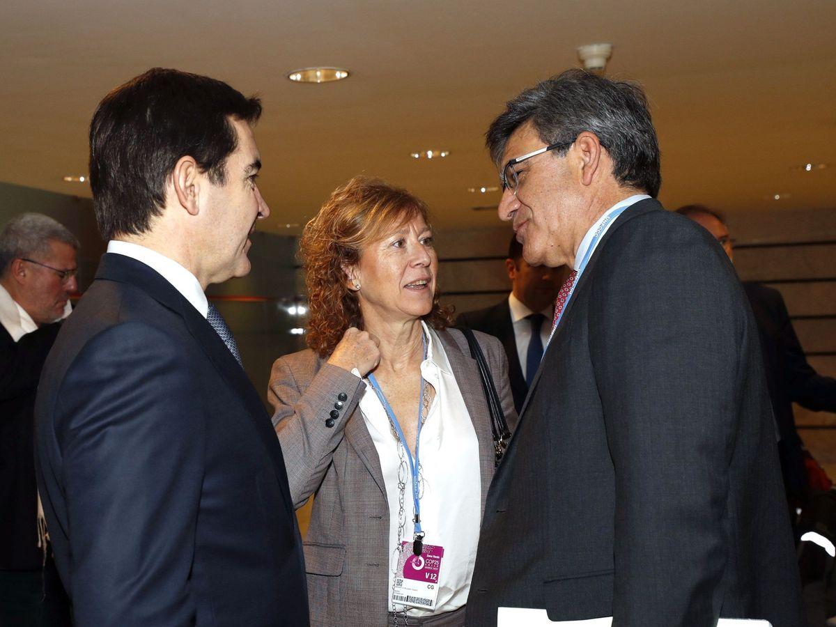 Foto: Carlos Torres (i), presidente de BBVA.