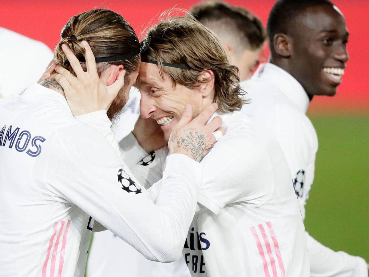 Foto: Luka Modric celebra un gol con Sergio Ramos. (Efe)
