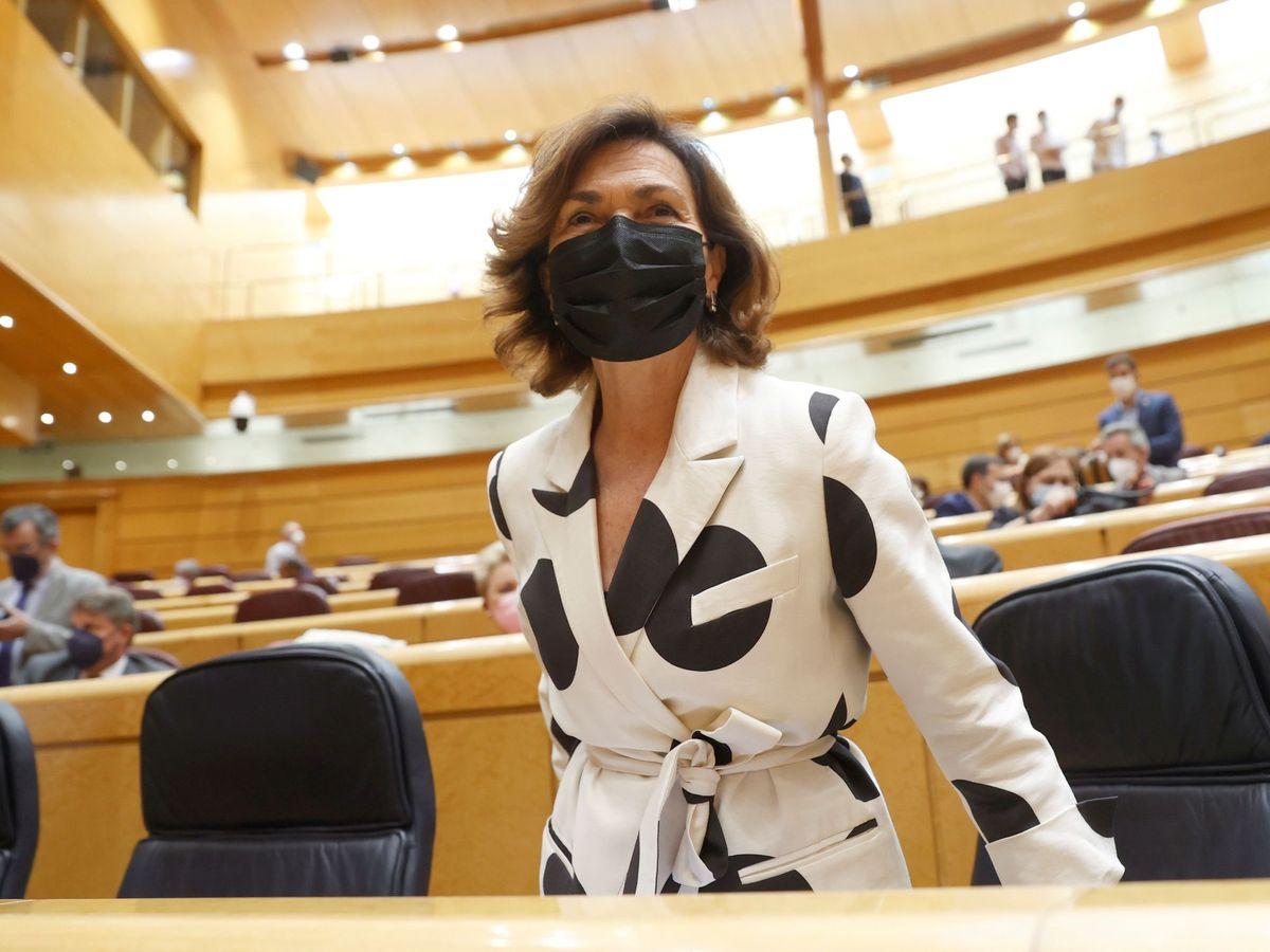 Foto: Carmen Calvo, vestida de Sfera. (EFE)