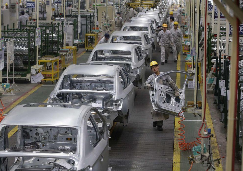 Foto: Fábrica de automóviles de Peugeot en China. (Efe)