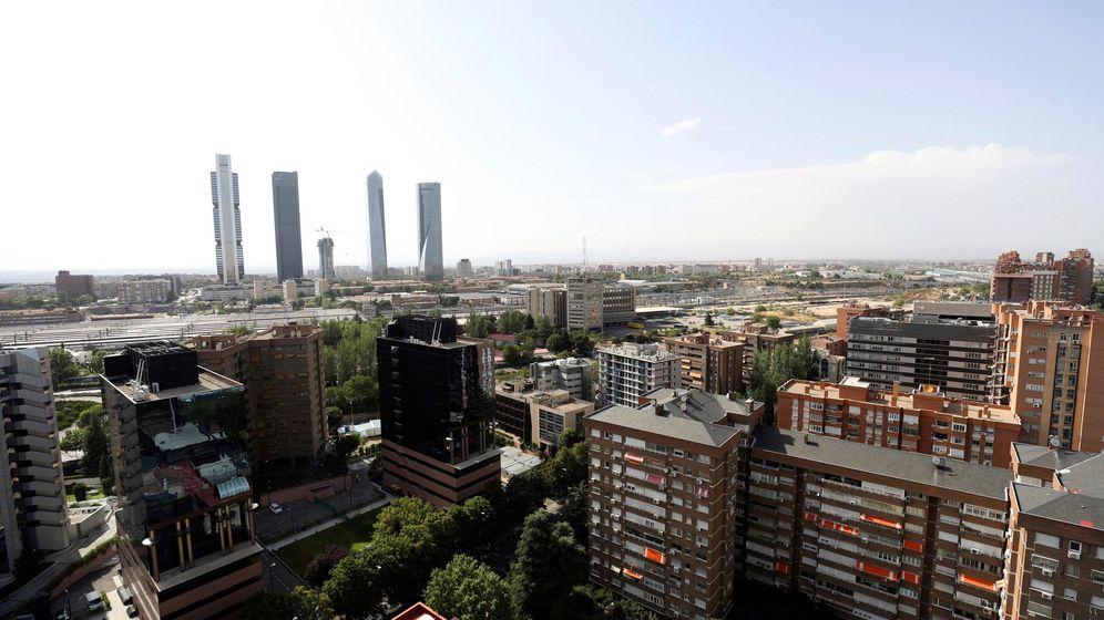 Foto: Vista general de las cuatro torres y el espacio donde arrancará la Operación Chamartín.