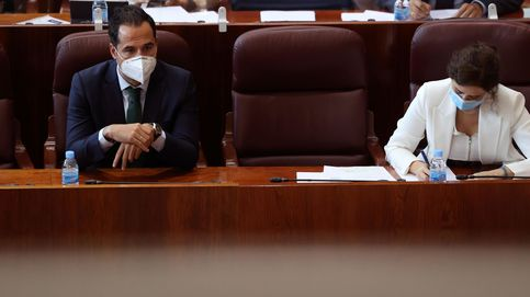Aguado y casi todo el Gobierno madrileño ignoraba el anuncio de los confinamientos