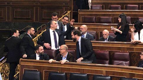 El juego de la silla: Vox ocupa la zona socialista y los presos la de Rivera