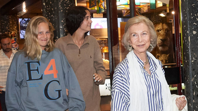 Irene Urdangarin, Victoria Marichalar y la reina Sofía. (Limited Pictures)