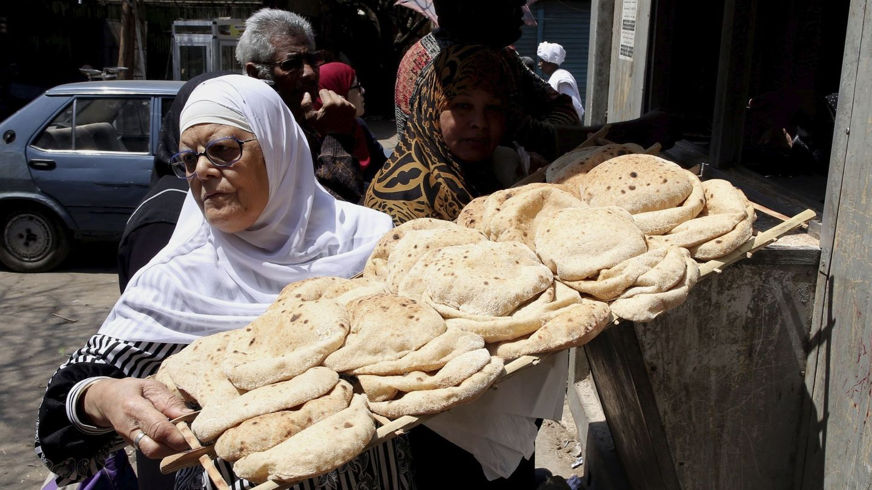 El pan de pita integral es muy bueno para los sándwiches durante las dietas (EFE/Khaled Elfiqi)