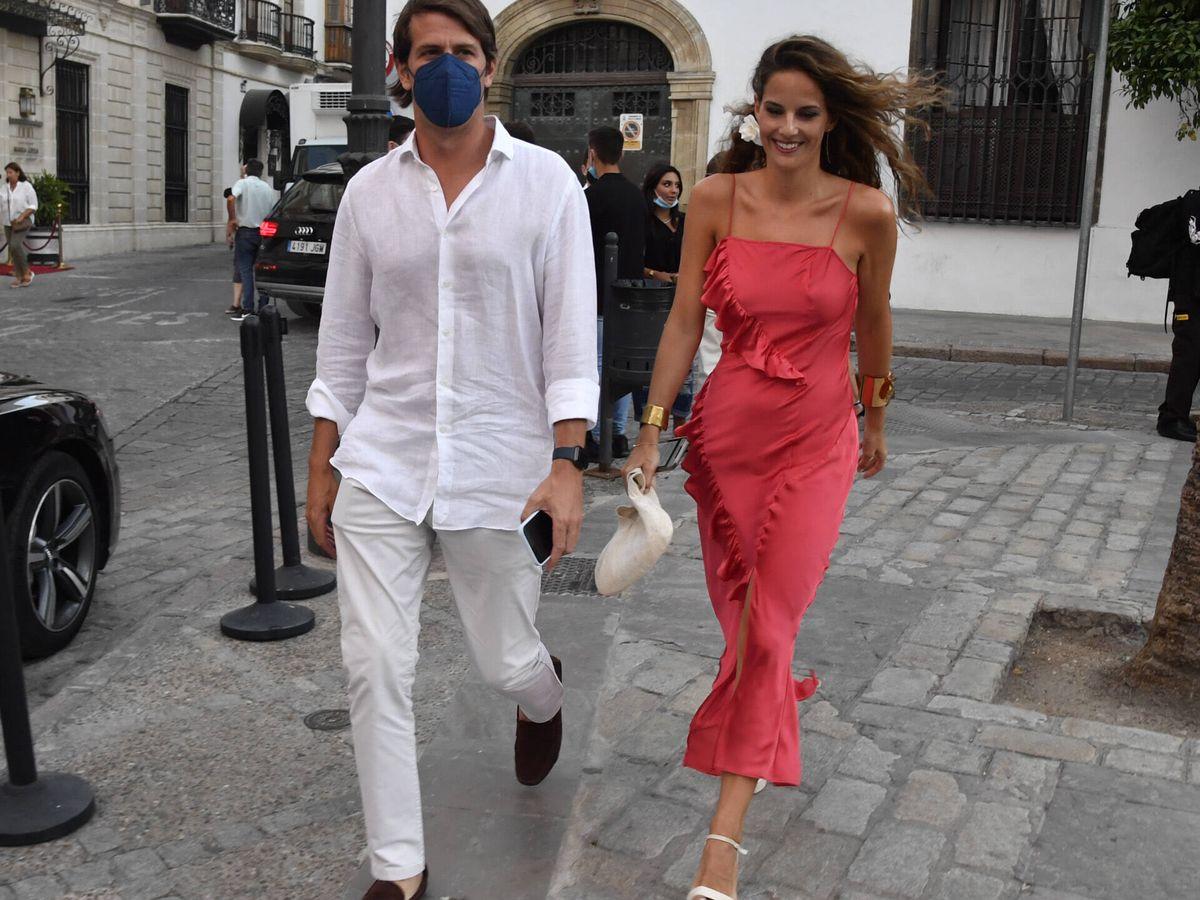 Foto: Carlos Cortina y Carla Vega-Penichet, el viernes en Jerez. (Gtres)