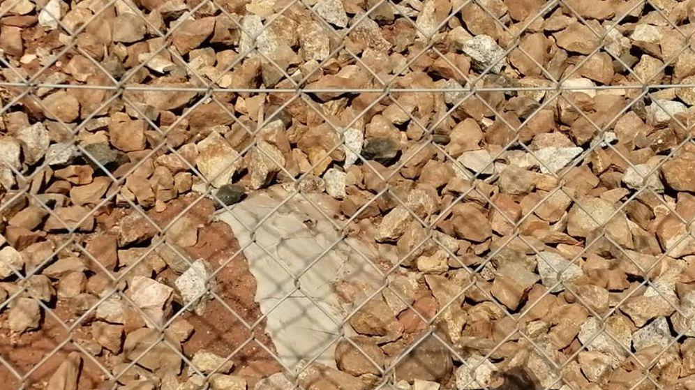 Foto: Apenas queda rastro de cemento en la zona en la que se vertió a mediados de octubre (Foto: FAC)