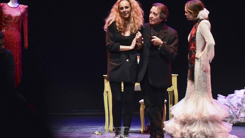 Rocío Carrasco y Enrique Cornejo, en un homenaje a Rocío Jurado en Valladolid. (Cordon Press)