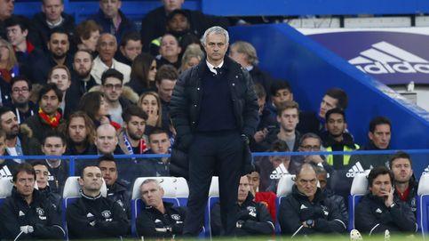 Mourinho sale goleado y preocupado de su vuelta a Stamford Bridge