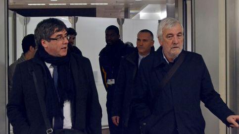 La Fiscalía investiga a los dos mossos que ayudaron a Puigdemont por encubrimiento