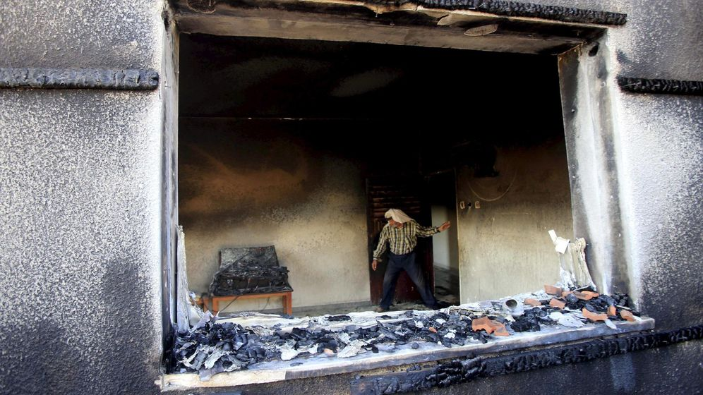 Foto: Un bebé palestino fallece en el incendio de su casa en un posible ataque israelí (REUTERS)