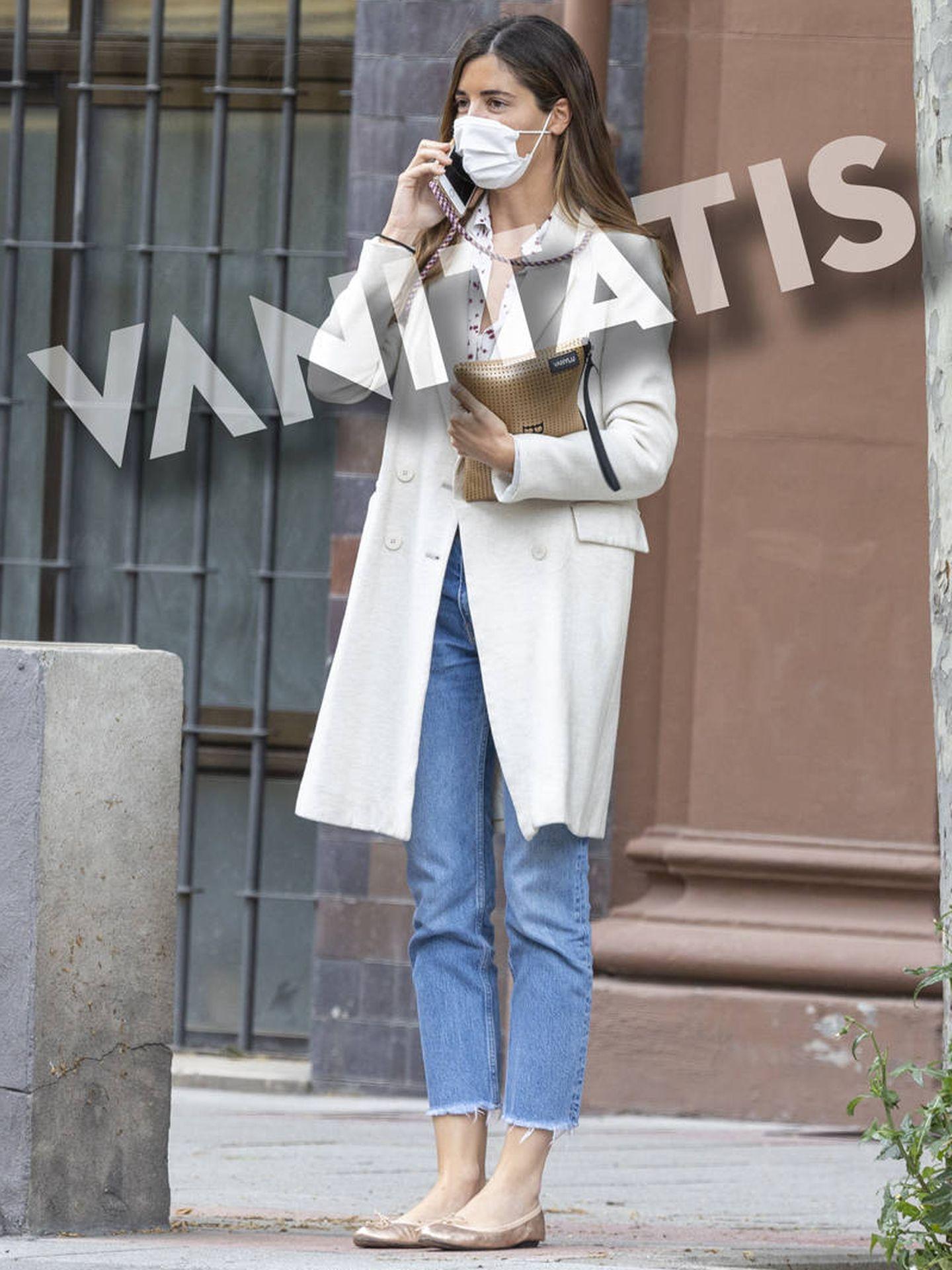 Belén Corsini, en la puerta de su oficina en Madrid. (Clipper)