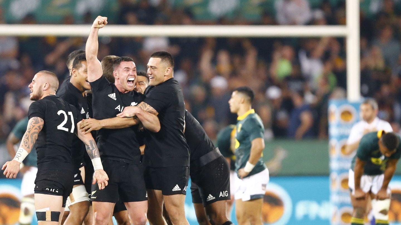 Nueva Zelanda derrotando a Sudáfrica el año pasado. (Reuters)