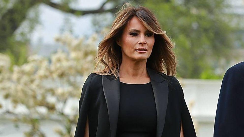 Zara pone a la venta el vestido capa de Melania Trump que siempre quisimos
