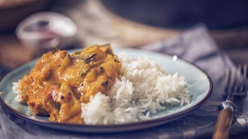 Guisado con vino blanco y arroz, ¡la forma más sencilla de hacer pollo!