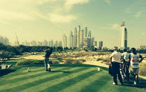 El 'nuevo Seve' homenajea a su padre en un torneo de golf en Dubai