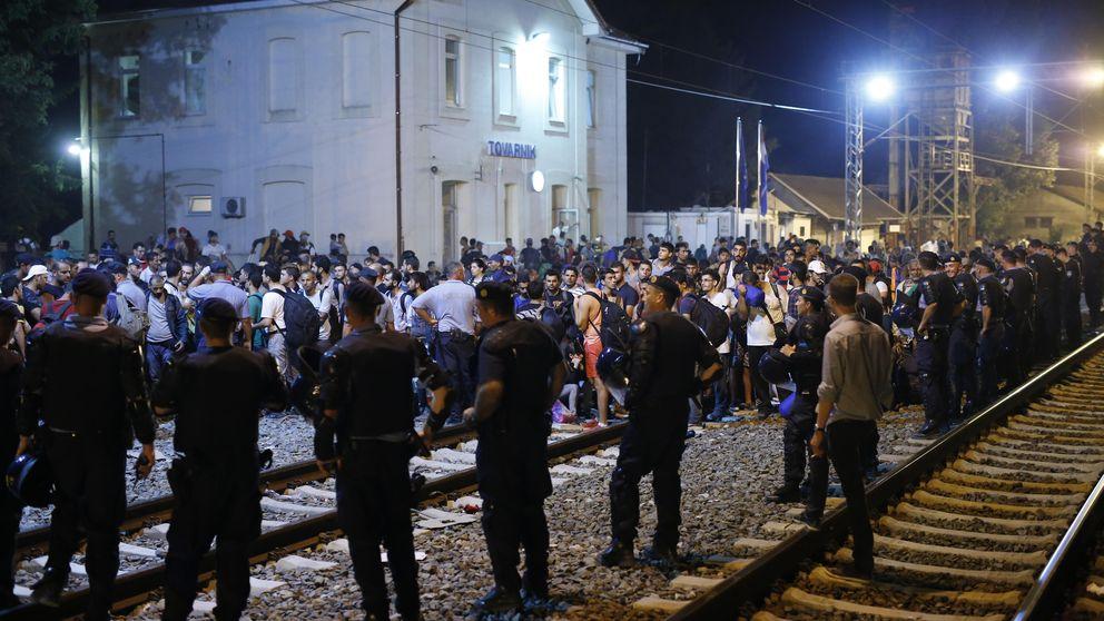 Hungría levanta la valla fronteriza con Croacia para frenar refugiados