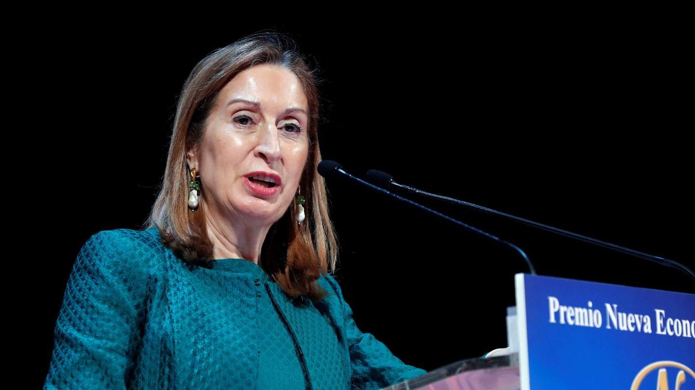 La presidenta del Congreso, Ana Pastor (d). (EFE)