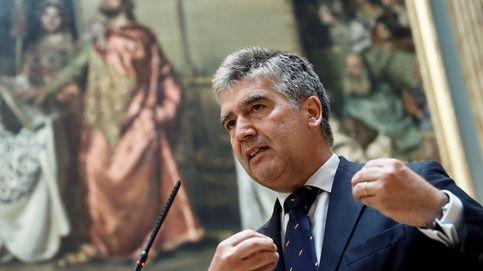 Cosidó no dimite, no explica sus wasaps y culpa al PSOE de la renuncia de Marchena