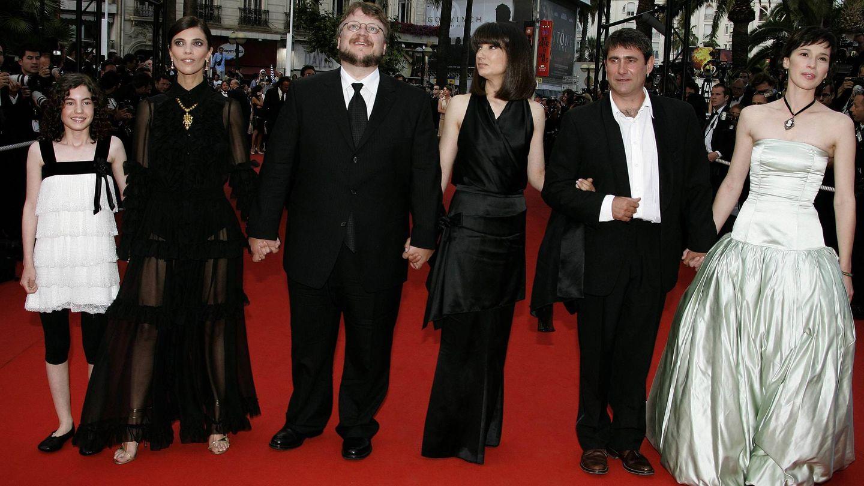 Ivana Baquero junto a todo el elenco del 'Laberinto del Fauno' en Cannes. (Archivo)