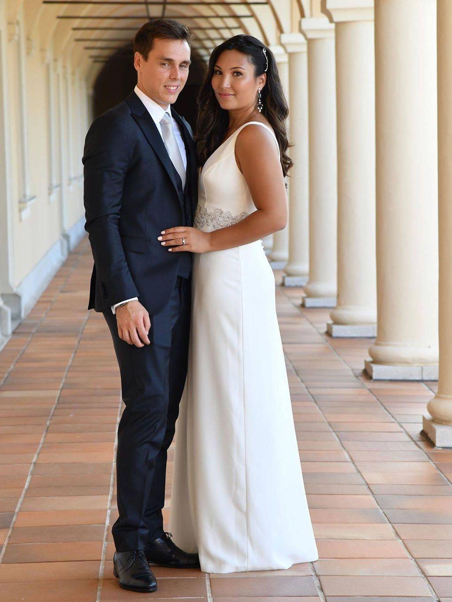 Louis Ducruet y Marie Chevallier, tras su ceremonia civil. (Rosa Clará)