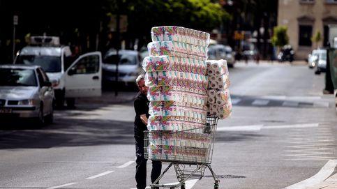 Un hombre que gastó 6.000€ en papel higiénico pide que le devuelvan el dinero