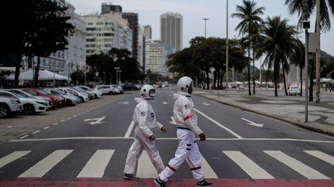 Trajes de astronautas contra el covid y muestras del cambio climático: el día en fotos