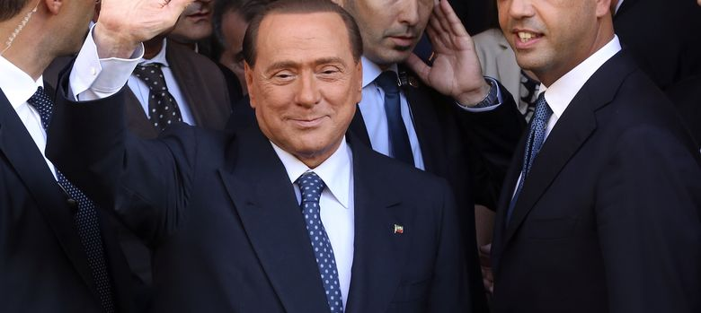 Foto: Silvio Berlusconi con Angelino Alfano. (Reuters)