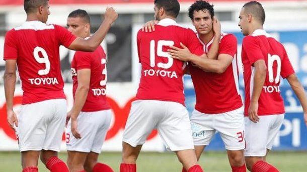 Foto: Los jugadores del Etoile celebran un gol durante la presente temporada.