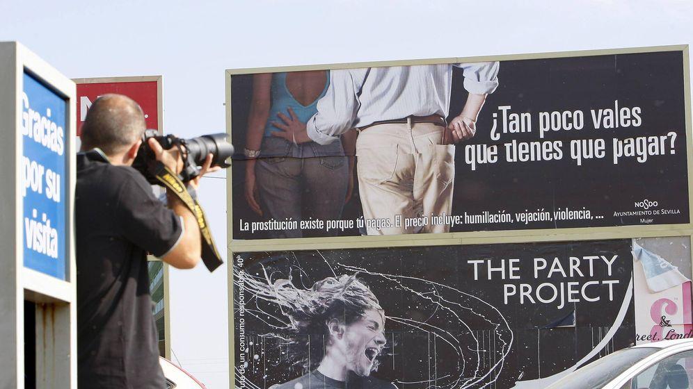 Foto: Antigua campaña contra la prostitución en Sevilla. (EFE)