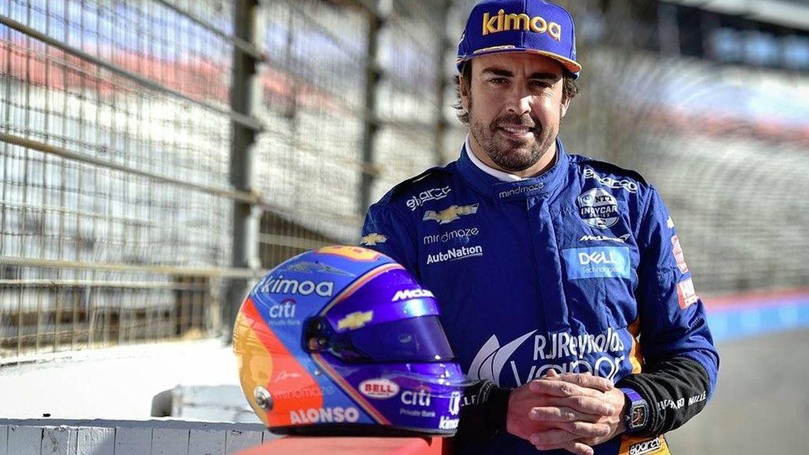 Foto: Fernando Alonso en el óvalo de Texas. (Foto: McLaren Indy)