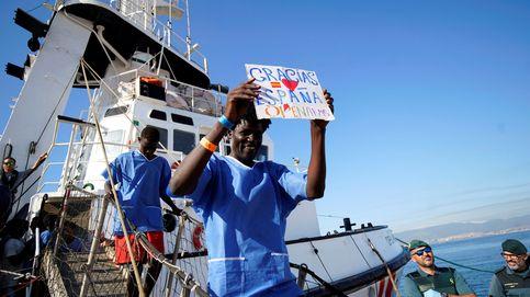 Los 87 migrantes del Open Arms llegan a Algeciras : no tendrán estatus de refugiado