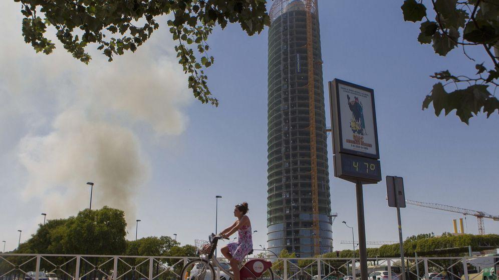 Foto: La Torre Sevilla, en 2013, cuando aún estaba en construcción. (EFE)