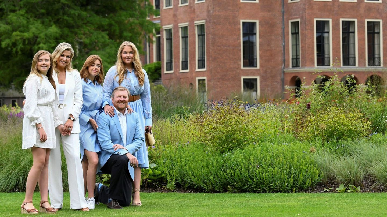 La familia real de Holanda, en Huis ten Bosch. (Reuters)