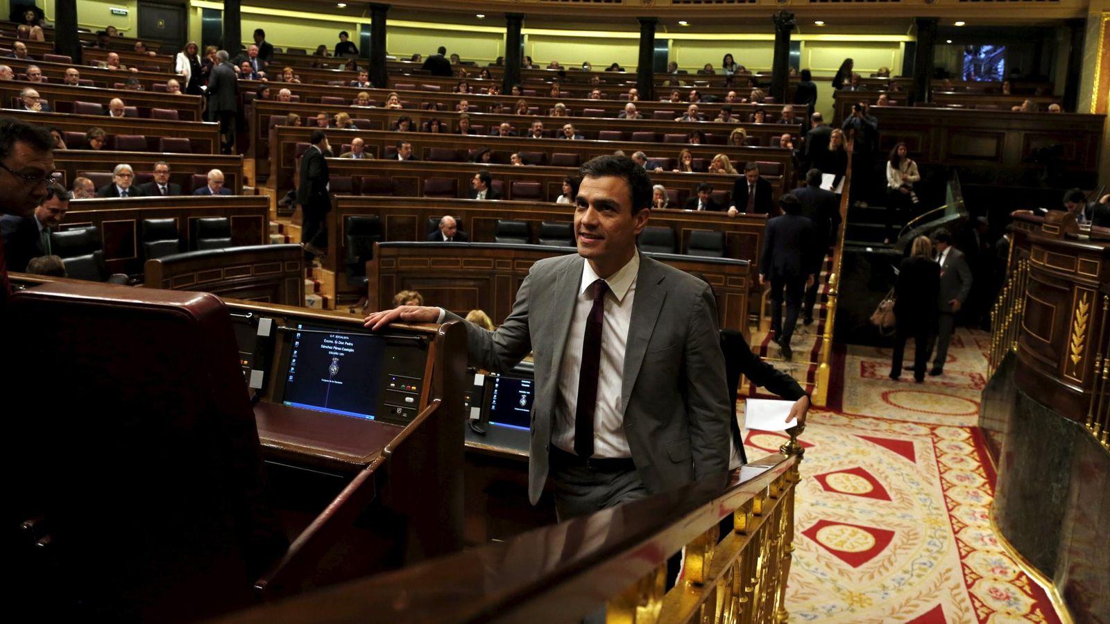 Foto: Pedro Sánchez ha votado a favor junto con el Partido Popular por error (REUTERS)