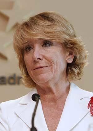 Esperanza Aguirre se postula como oposición dura a Rajoy