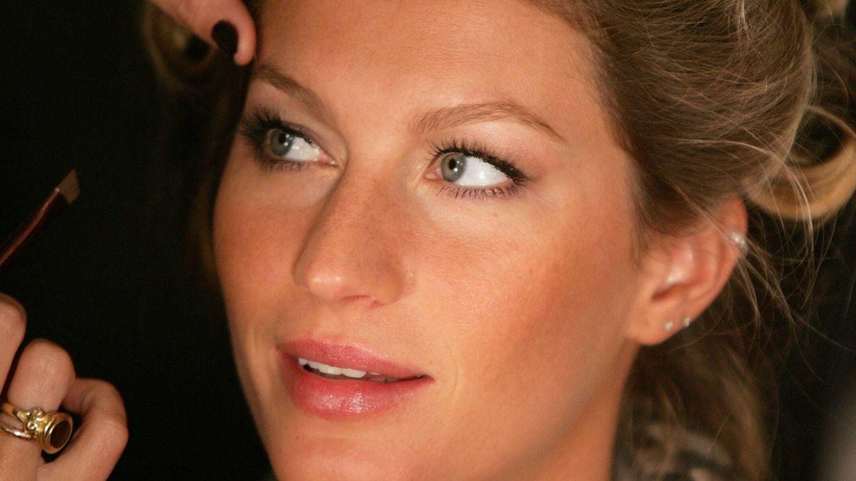 Gisele Bündchen, además de broncearse con facilidad, tiene pecas, especialmente concentradas en la nariz. (Getty)