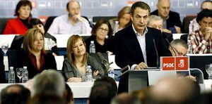 Foto: El PSOE cree que Zapatero no tiene margen de maniobra para aplicar el 'pensionazo'