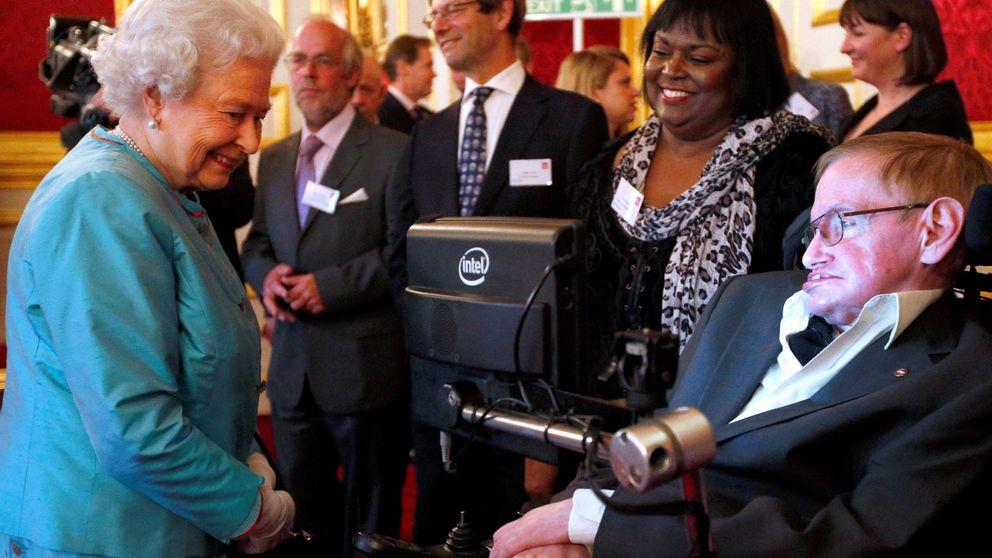 Hablar con el pulgar y la mejilla: esta es la tecnología que devolvió la voz a Hawking