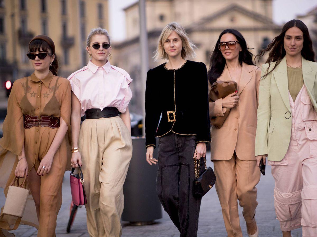 Foto: Las reinas del 'street style' se rinden a los tacones bajos. (Imaxtree)