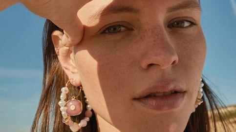 Las perlas clásicas vuelven al joyero con estos pendientes de Parfois