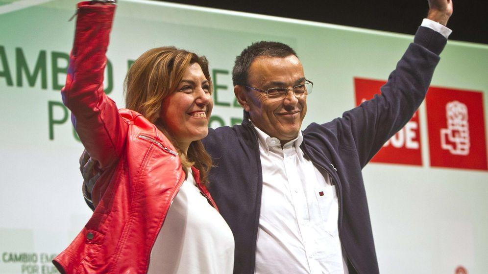 Foto: Susana Díaz, acompañada del secretario general de PSOE en Huelva, Ignacio Caraballo. (EFE)