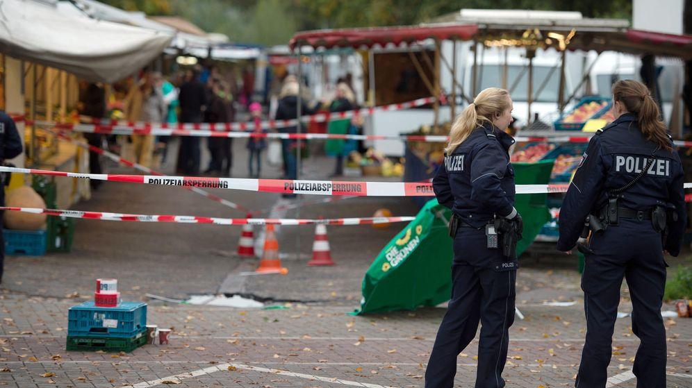 Foto: Lugar del suceso en Colonia acordonado por la policía. (EFE)