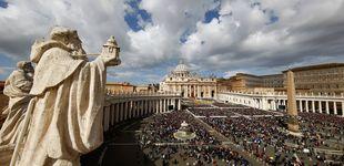 Post de El ejército de 'sintecho' que vive a la sombra de la columnata del Vaticano