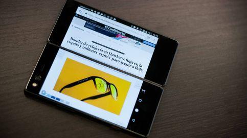 Dos pantallas y plegable: siete días con el móvil más 'friki' del mundo (y mira, no)