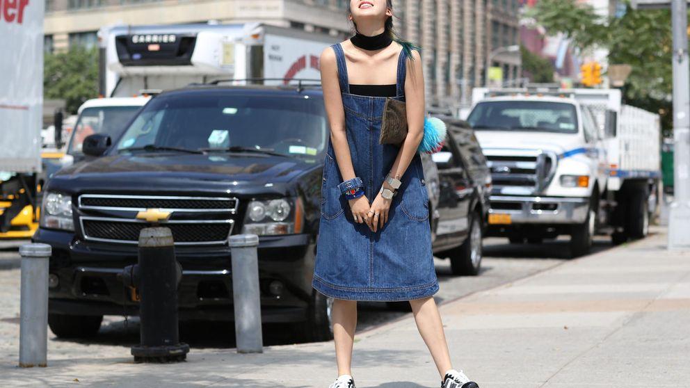 Falda, vestido, pantalones... Cuatro tendencias denim que van más allá de los vaqueros